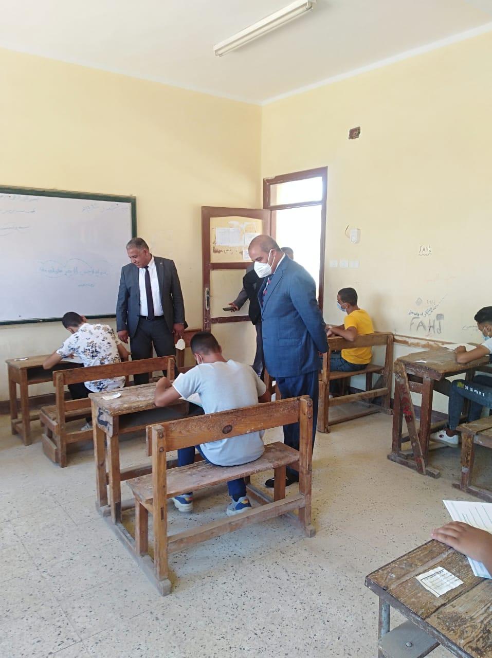 قيادات الأزهر تتفقد لجان امتحانات الشهادة الثانوية الأزهرية بمحافظة الفيوم
