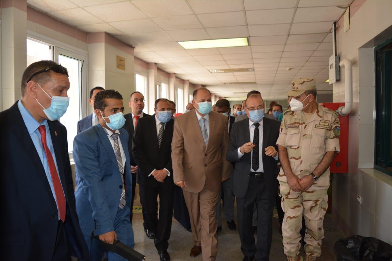 محافظ أسيوط ونائب رئيس جامعة الأزهر يفتتحان قسم الطوارئ بمستشفى جامعة الأزهر بأسيوط