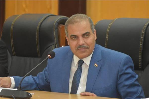 المحرصاوي يتفقد تطوير أرشيف الملفات لأعضاء هيئة التدريس والموظفين