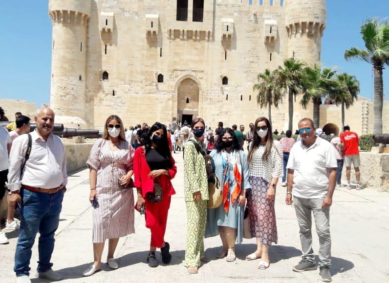 زيارة المؤثرين العرب لقلعة قايتباي بالإسكندرية للترويج للمقصد المصري