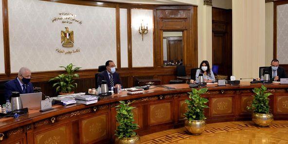 رئيس الوزراء يتابع تطوير مناهج رياض الأطفال والرابع الابتدائي