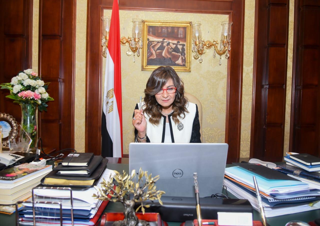 """شباب المصريين الدارسين بالمملكة المتحدة: مستعدون للمشاركة في مبادرة """"حياة كريمة"""" والتطوع لتعليم أطفال القرى"""