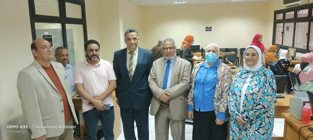 أمين عام جامعة السادات يشيد بالطفرة الشاملة التي لمسها خلال زيارته لجامعة الأزهر اليوم