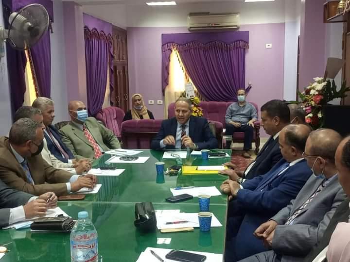 محافظ كفر الشيخ يقرر سداد المصروفات الدراسية عن الطلاب غير القادرين